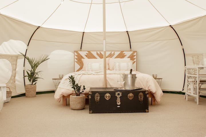 Off Grid Luxury Camping Experience