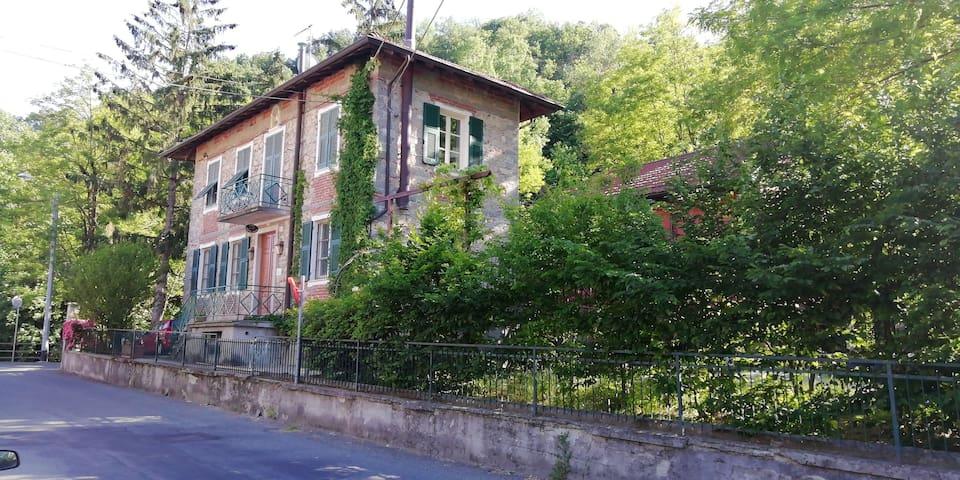 Castelletto d'Orba的民宿