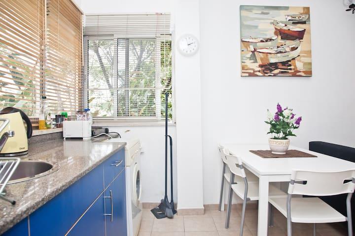 The Loveliest Apartment In Tel Aviv