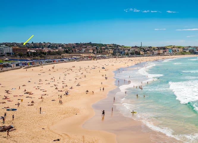2mins to Bondi Beach sand and surf