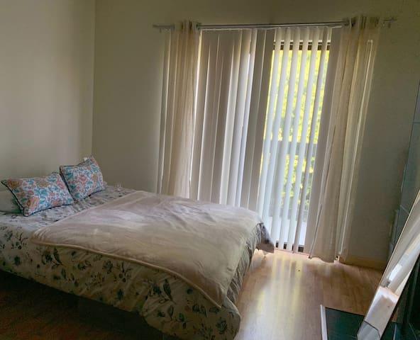 Cozy apartment in San Mateo