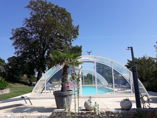 Échillais的民宿