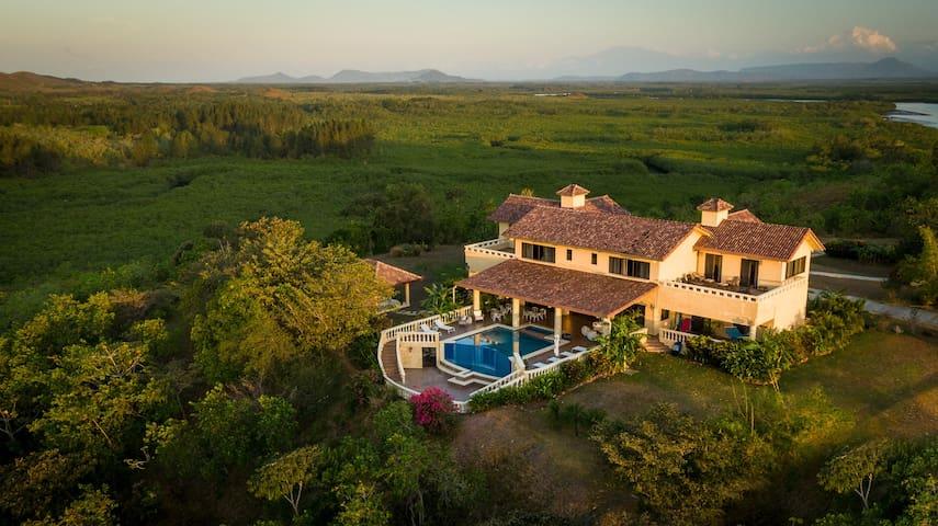 An all inclusive remote villa near Playa Hermosa