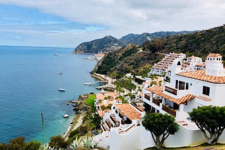 Catalina - 2BR Condo with Spectacular Views