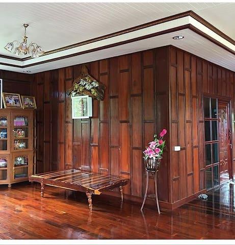 Tambon Aranyaprathet的民宿