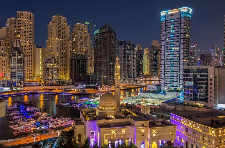 Luxury Marina apartment, water view & pool