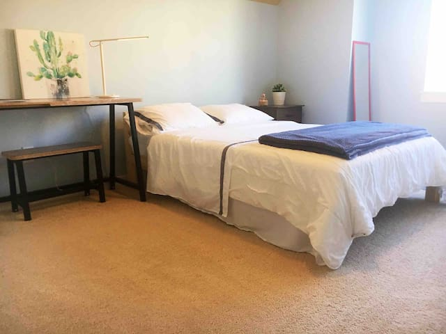 Monthly Discount -Comfy Private Bed & Private Bath