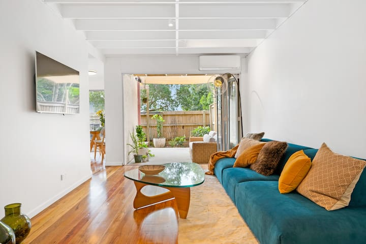 Newly renovated townhouse in the centre