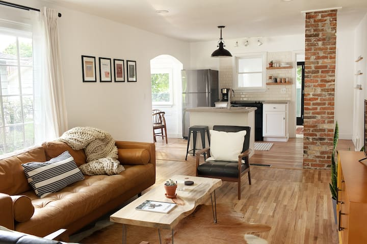 In The Heart of CDA | The Midtown Cottage