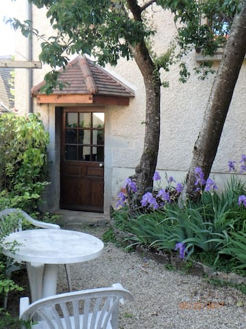 The Tango Cottage