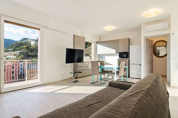 Cosy Apartment in Moneglia with Balcony