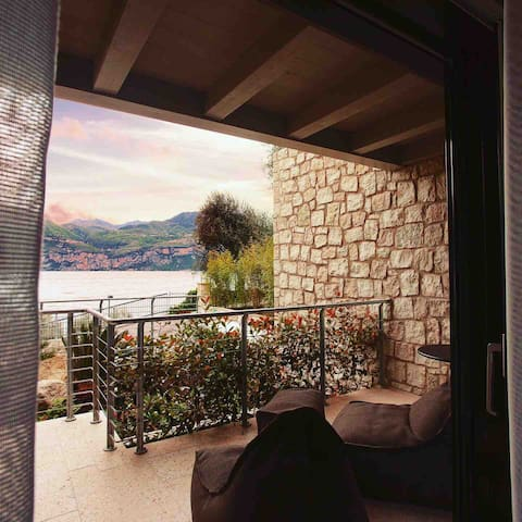 Brenzone sul Garda的民宿