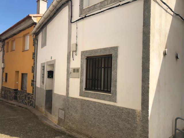 Santa Cruz de Moya的民宿