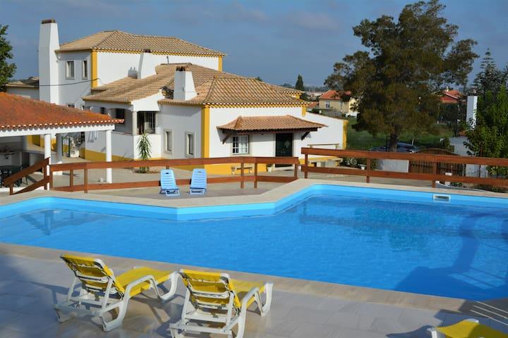 Quinta do Anjo的民宿