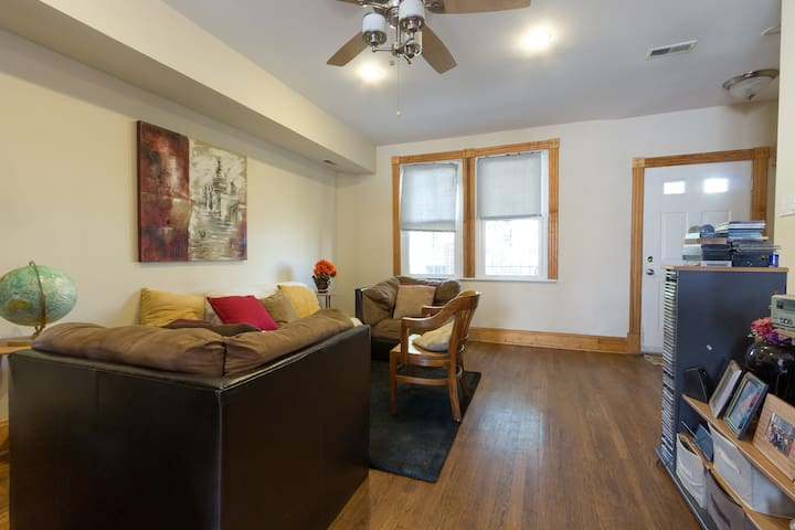 Blissful 1BD, Mins from Atlas Theater District