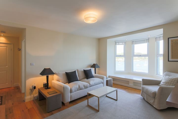 Harbour view Falmouth apartment