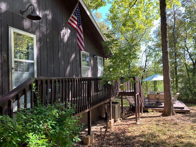 Cherokee Village的民宿