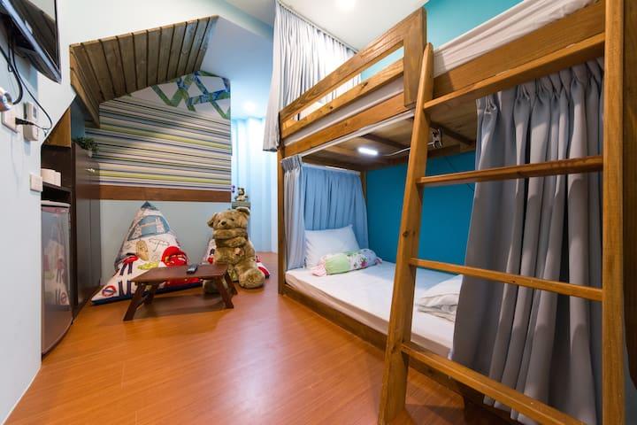 【R1】獨立衛浴2人房/有窗戶、洗衣機/東大門夜市、市區客運站旁