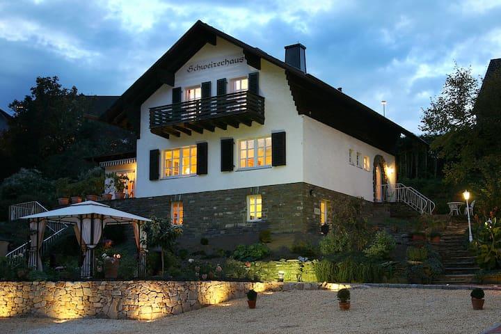 Schweizerhaus am Kurpark