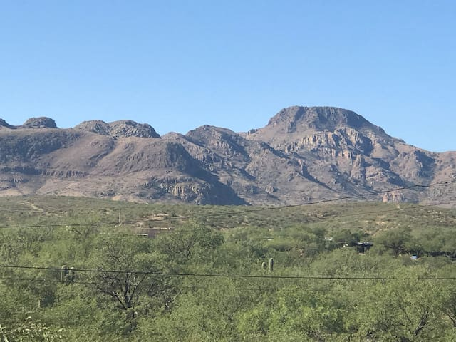 Peace and Quiet in West Tubac !