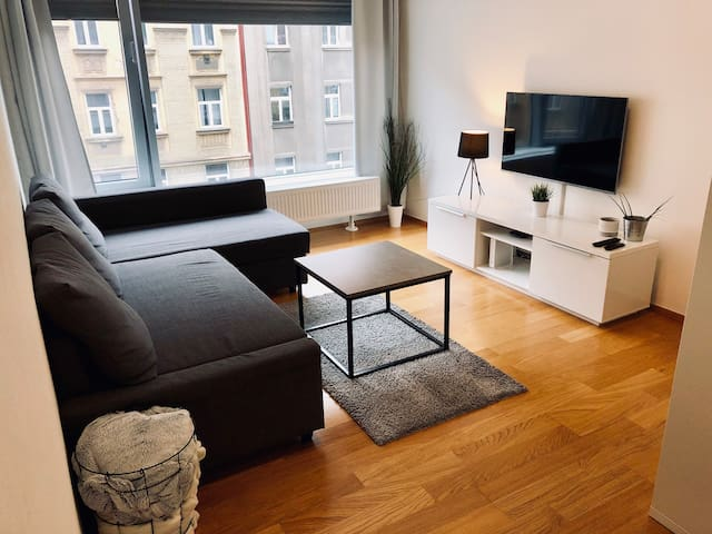 Modern Two-Rooms Apartment Close To City Center