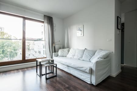 Modern apartment, near Old Town and Vistula River