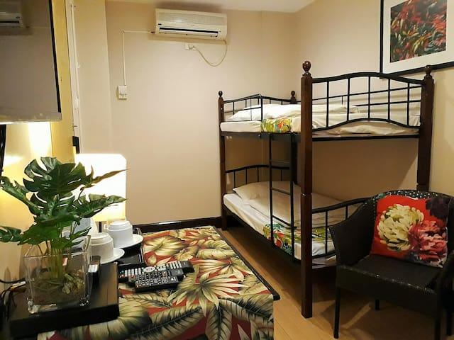 Decent Room Standard At Tagaytay City
