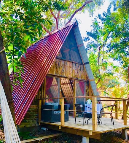 Ecolodge-cabañas n3 in a preserve island