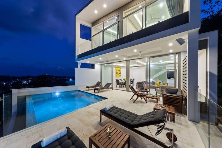 70% Off - DAYDREAM VILLA seaview, pool, beach