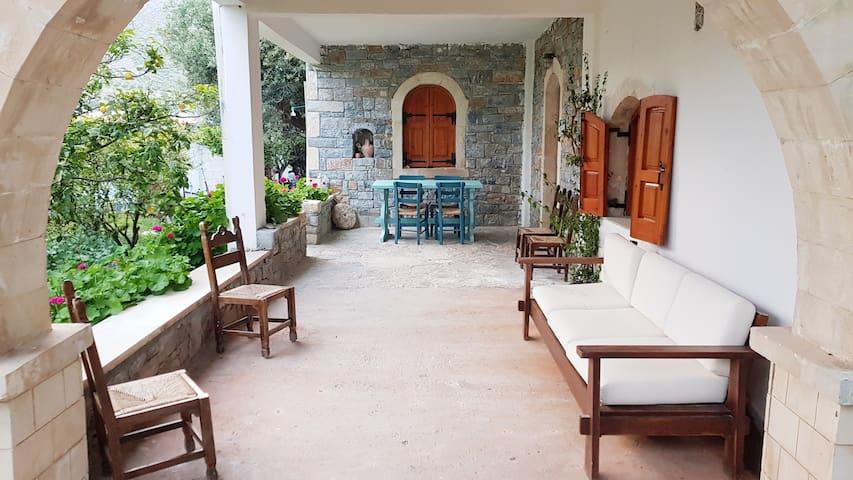 Keratokampos的民宿