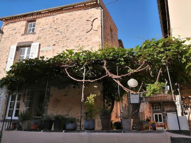Romagnat的民宿