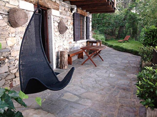 Comnago的民宿