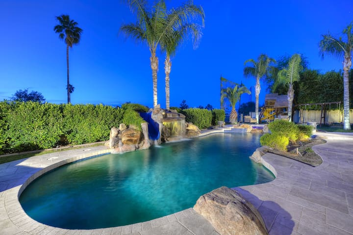 More Than a Place to Stay! 8 Bed 8,400SqFt Mansion