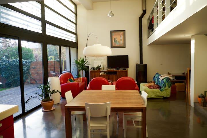 Chambre dans maison d'architecte à 15 min de Paris