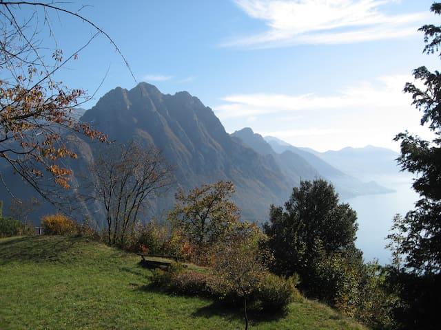 Solto Collina的民宿