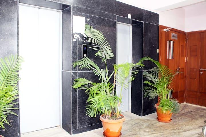 Deluxe Service Apartment (City Centre)
