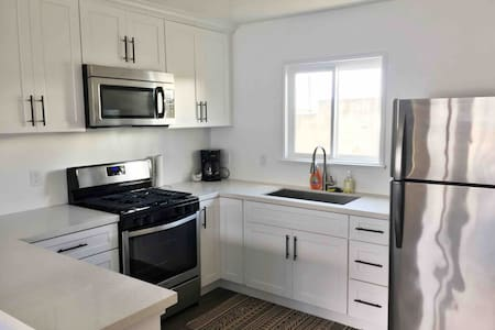 One Bedroom Close to Beach