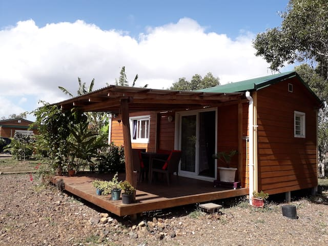 Pouembout的民宿