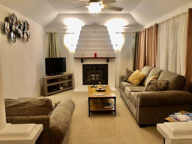 #4 Laurel - Bermuda Cottage