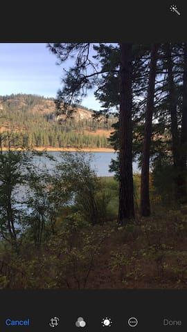 Lake Roosevelt Frontage-Muncton Meadows