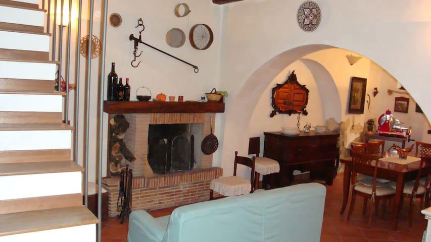Sermoneta的民宿