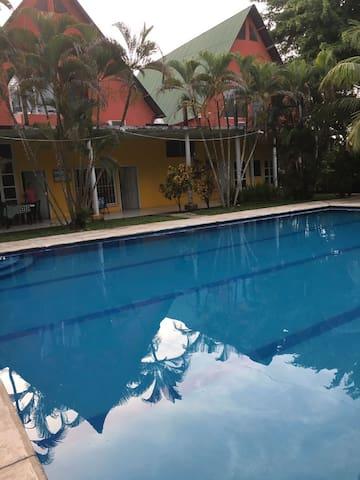 Puerto Barrios的民宿