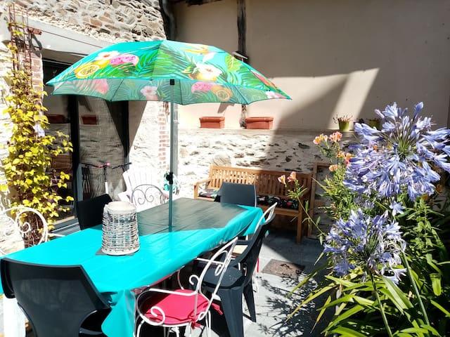 Châteaubourg的民宿