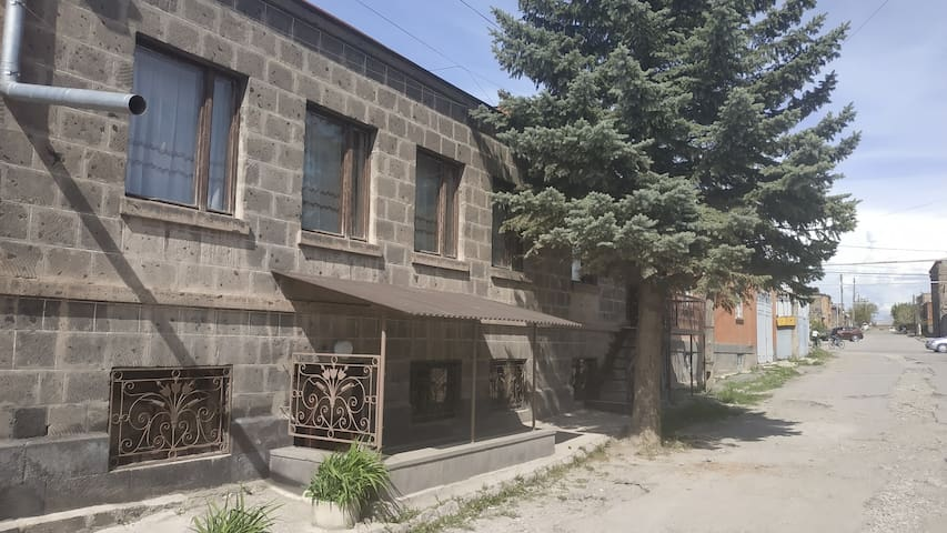 Gyumri的民宿