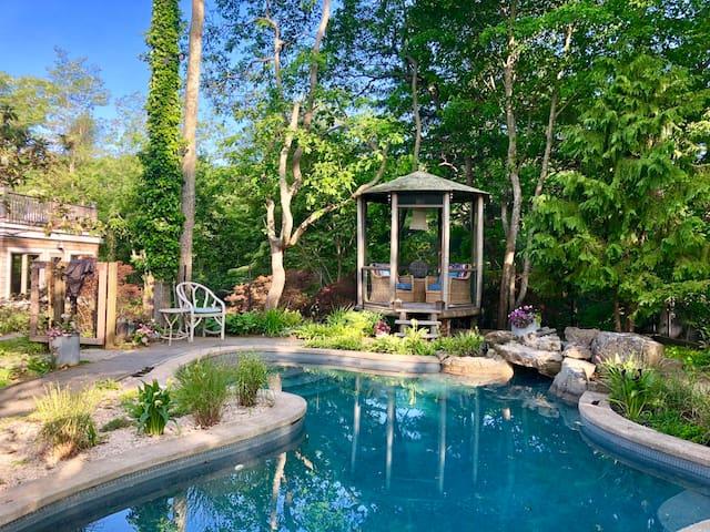Eloise House, Magical East Hampton Rental