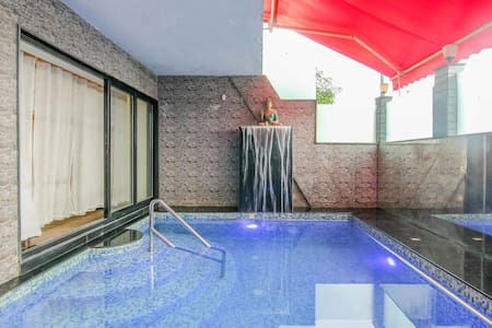 BEST INDOOR  PLUNGE POOL - 4BHK - PARADISE VILLA