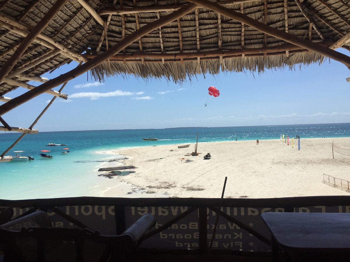 Makuti Roof on The Beach
