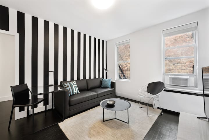 Charming Two Bedroom at Chelsea/Greenwich Village/Flatiron