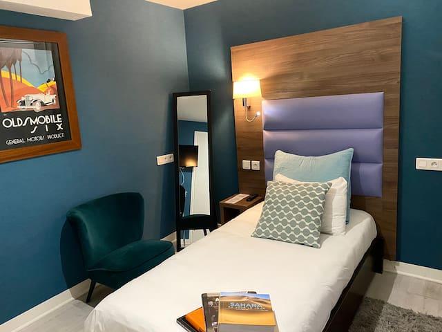 Hôtel Clairefontaine, Single Room