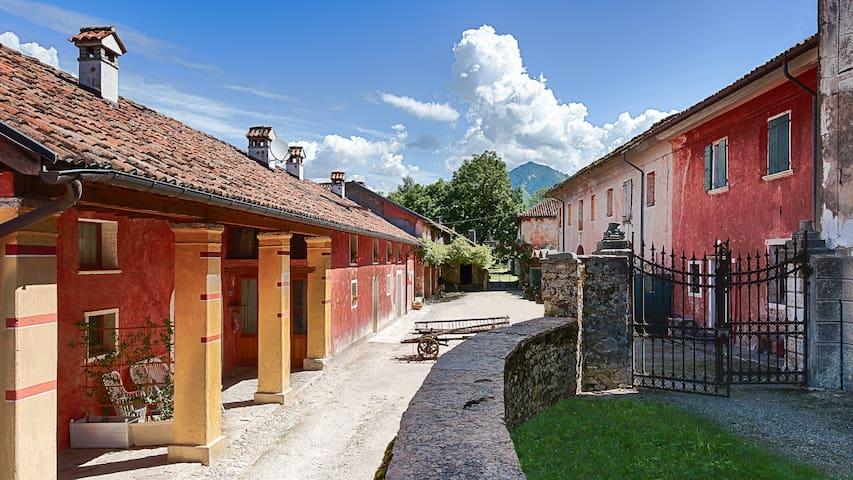 贝卢诺 (Belluno)的民宿